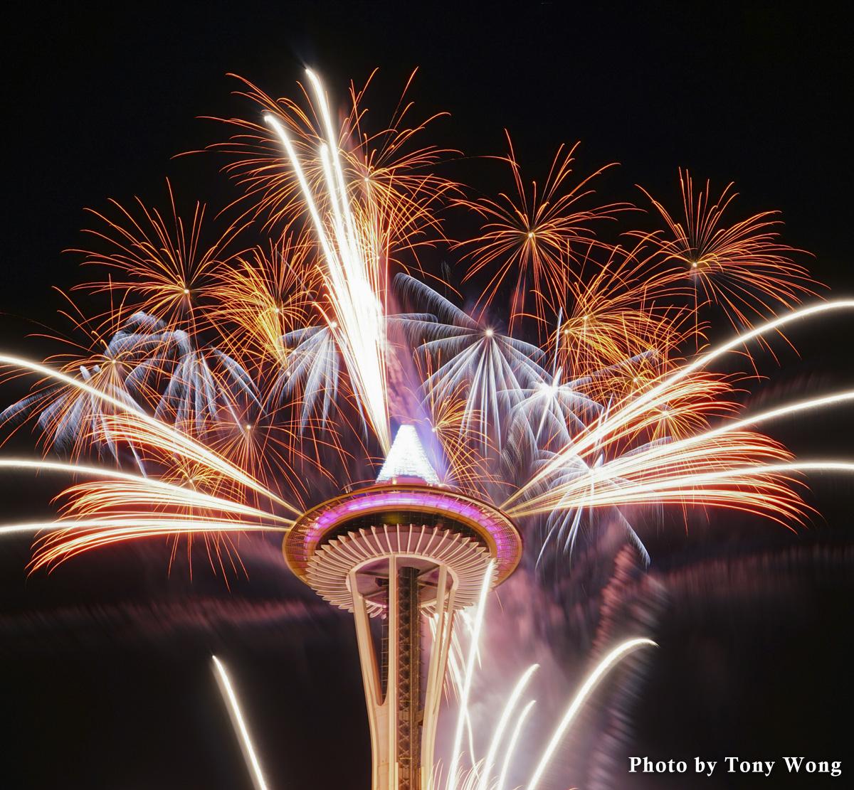 space needle firework 2015