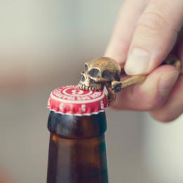 bitting-skull-opener-ls-261x261