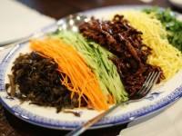 麵食代 - 擅長手工麵食的東北菜館
