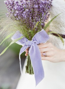 woodinville-lavender-farm-seattle-purple-wedding-12